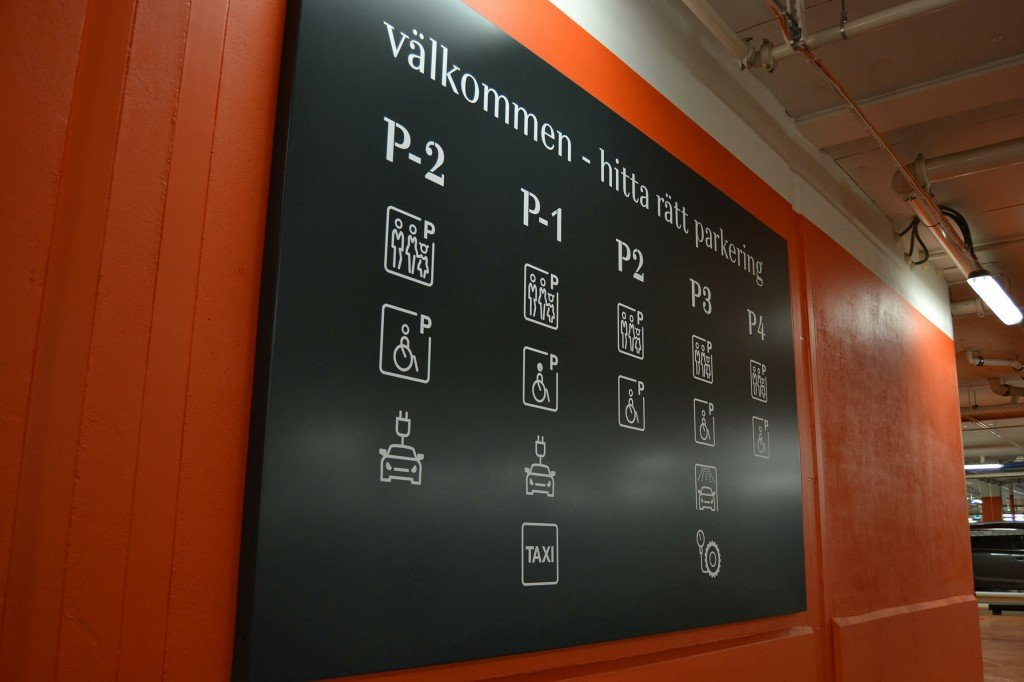 Mall of Scandinavia plåtskylt Wayfinding